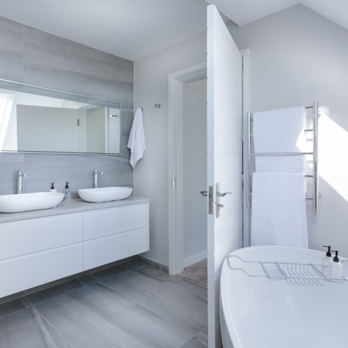 バスルームと洗面所