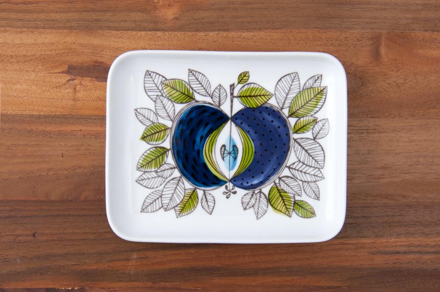 青いリンゴ柄皿