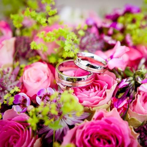 プリザーブドフラワーと指輪
