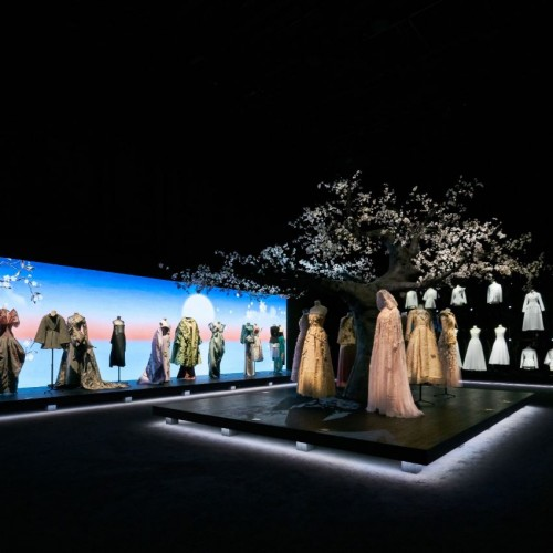 DIOR FROM PARIS TO JAPAN